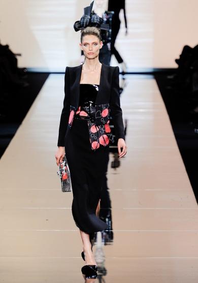 armani-prive-couture-fw-2011-007_105441995686