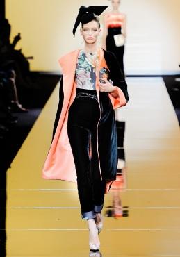 armani-prive-couture-fw-2011-016_10544729622