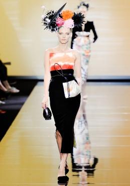 armani-prive-couture-fw-2011-017_105447840634