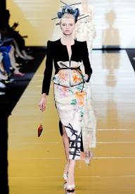 armani-prive-couture-fw-2011-018_105448414353