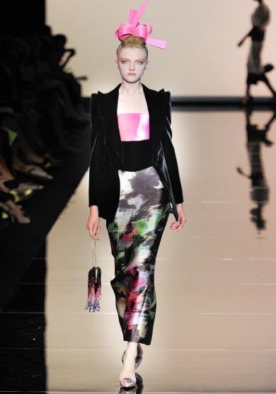 armani-prive-couture-fw-2011-023_105451611895