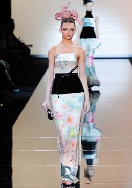armani-prive-couture-fw-2011-031_105457891617
