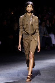 givenchy-rtw-ss2014-runway-01_182009187323