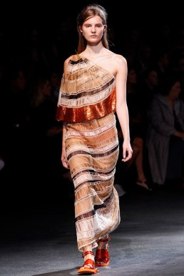 givenchy-rtw-ss2014-runway-39_182037849558