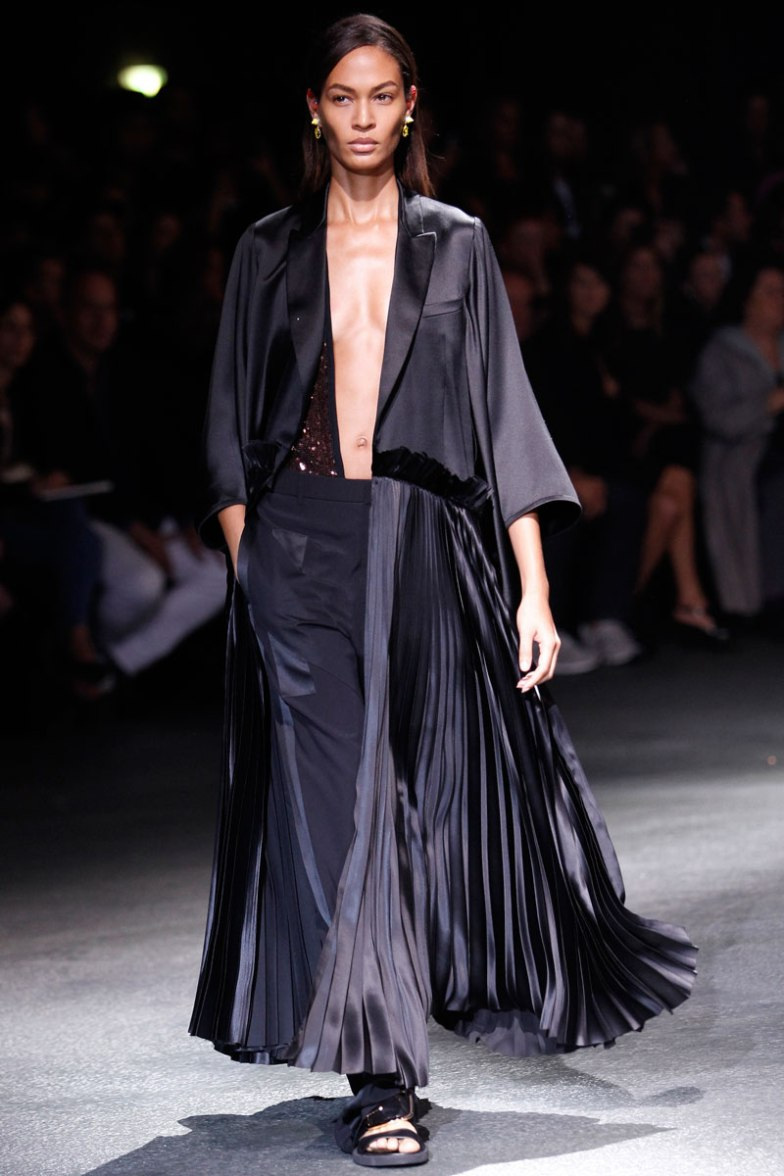 givenchy-rtw-ss2014-runway-50_182045577312