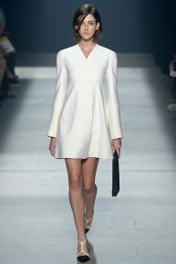 narciso-rodriguez-rtw-ss2014-runway-02_235341146349