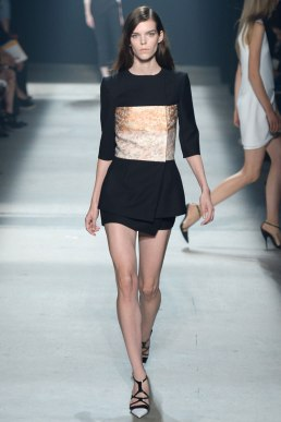 narciso-rodriguez-rtw-ss2014-runway-07_235345595774