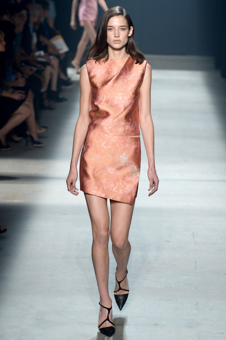 narciso-rodriguez-rtw-ss2014-runway-21_235357906021