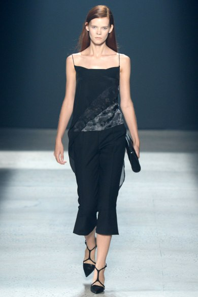 narciso-rodriguez-rtw-ss2014-runway-30_235404322133