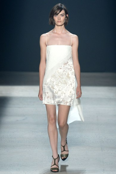 narciso-rodriguez-rtw-ss2014-runway-31_235405826755