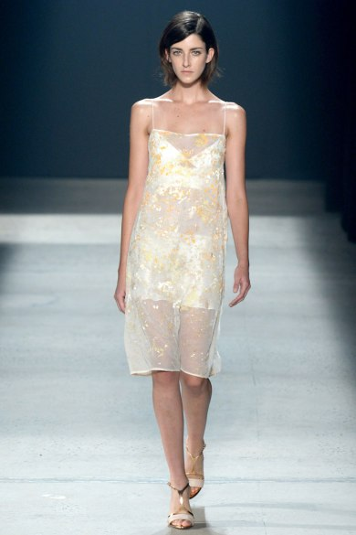 narciso-rodriguez-rtw-ss2014-runway-33_235407468482