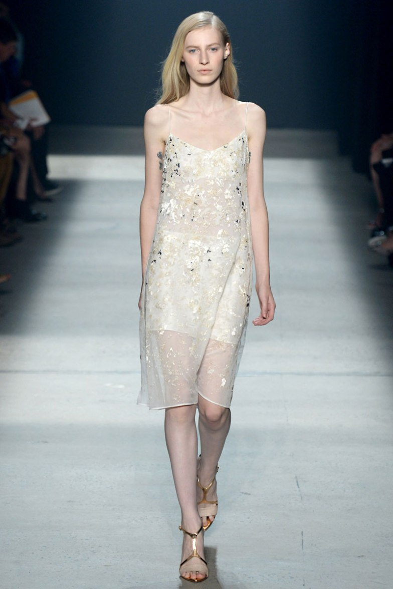 narciso-rodriguez-rtw-ss2014-runway-34_235408357398