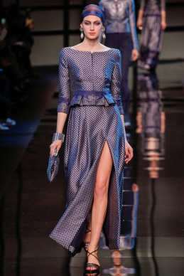 armani-prive-spring-2014-couture-runway-07_200249370410
