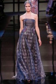 armani-prive-spring-2014-couture-runway-17_200258898886