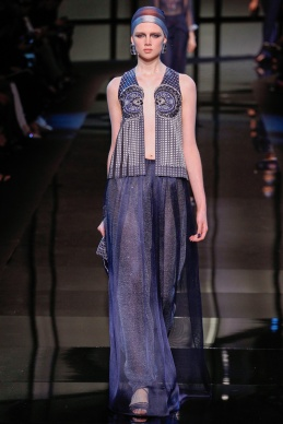 armani-prive-spring-2014-couture-runway-20_200300893303
