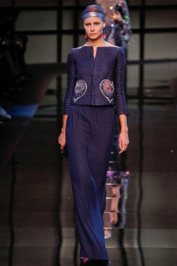armani-prive-spring-2014-couture-runway-22_200302196635