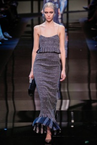 armani-prive-spring-2014-couture-runway-34_200313337317