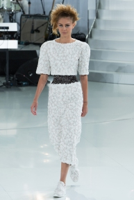 chanel-spring-2014-couture-04_104728173292