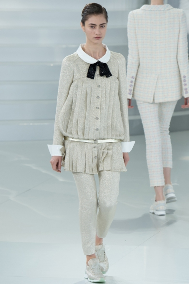 chanel-spring-2014-couture-29_104748355791