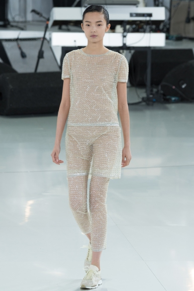 chanel-spring-2014-couture-30_104749280584