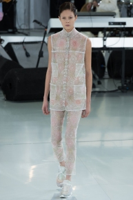 chanel-spring-2014-couture-32_104751590689