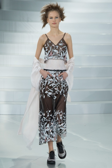 chanel-spring-2014-couture-44_104802407346