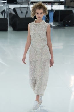 chanel-spring-2014-couture-51_104807621391