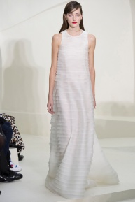 christian-dior-spring-2014-couture-38_115237633389