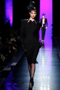 jean-paul-gaultier-spring-2014-couture-runway-04_122006242416