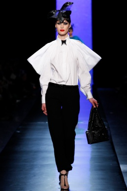 jean-paul-gaultier-spring-2014-couture-runway-09_122011415969