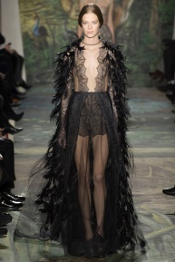 valentino-spring-2014-couture-runway-02_164007360003