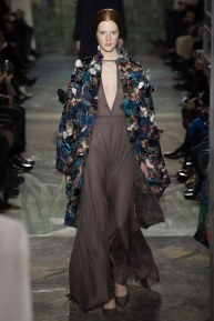 valentino-spring-2014-couture-runway-10_164014602180