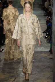 valentino-spring-2014-couture-runway-22_164024786221
