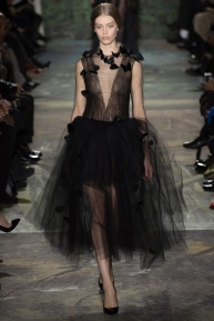 valentino-spring-2014-couture-runway-41_164040878522