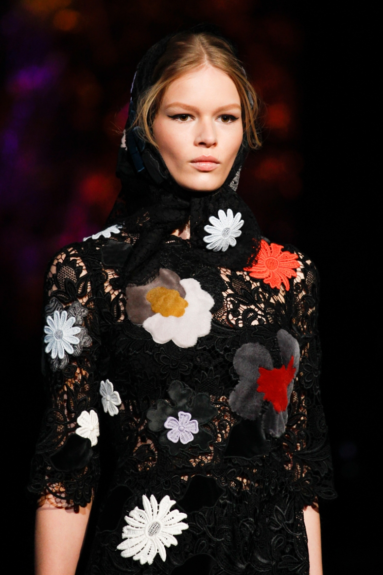 dolce-and-gabbana-rtw-fw2014-details-002_135912499182