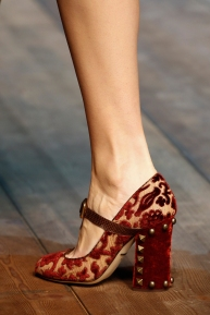 dolce-and-gabbana-rtw-fw2014-details-012_135920471568