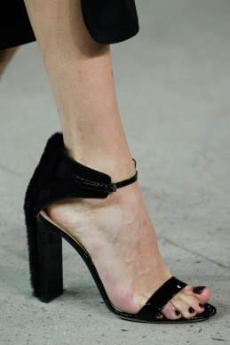 reed-krakoff-rtw-fw2014-details-74_005632155884