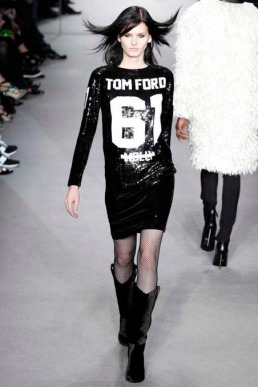 tom-ford-rtw-fw2014-runway-20_150332373036