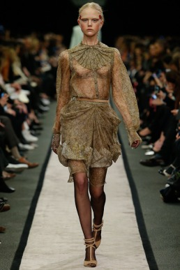 givenchy-rtw-fw2014-runway-03_15160013620