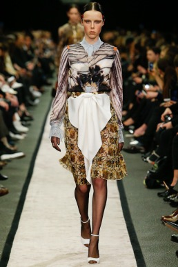 givenchy-rtw-fw2014-runway-36_151624773376