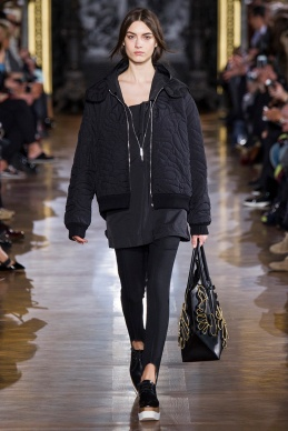 stella-mccartney-rtw-fw2014-runway-07_091636748824