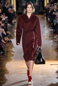 stella-mccartney-rtw-fw2014-runway-09_091638101373