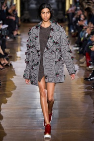 stella-mccartney-rtw-fw2014-runway-12_091640747216