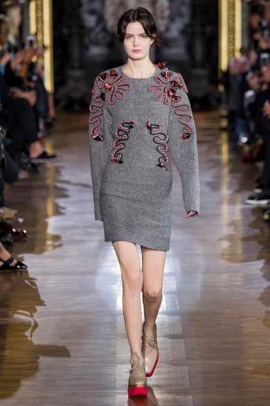 stella-mccartney-rtw-fw2014-runway-14_091642172666