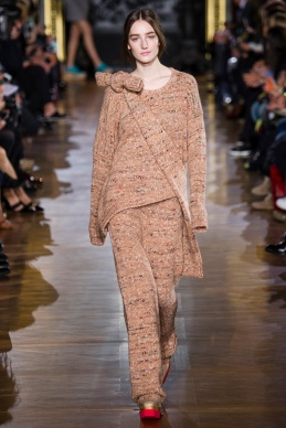 stella-mccartney-rtw-fw2014-runway-19_091646505638