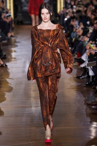 stella-mccartney-rtw-fw2014-runway-26_091652570942