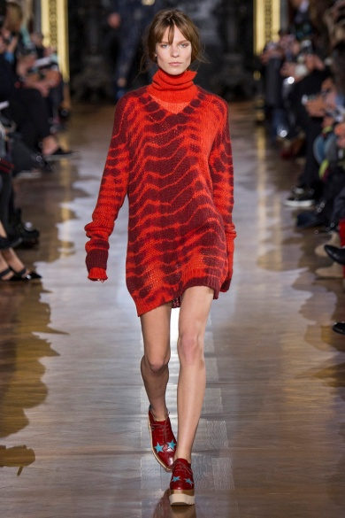 stella-mccartney-rtw-fw2014-runway-27_091653105971