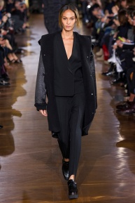 stella-mccartney-rtw-fw2014-runway-31_091657692159