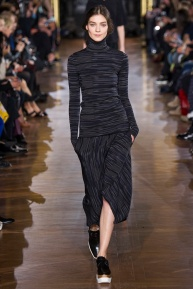 stella-mccartney-rtw-fw2014-runway-32_09165755780