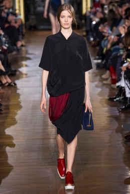 stella-mccartney-rtw-fw2014-runway-33_091658517984